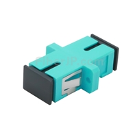 SC/UPC-SC/UPC 10G シンプレックス マルチモード プラスチック製光ファイバアダプター/嵌合スリーブ(OM3、フランジ付き、水色)